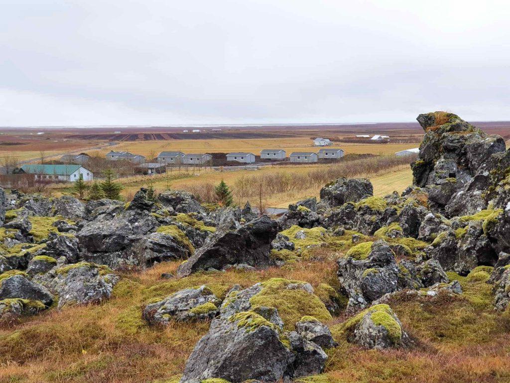 10 hús komin á sinn stað á Miðhrauni.
