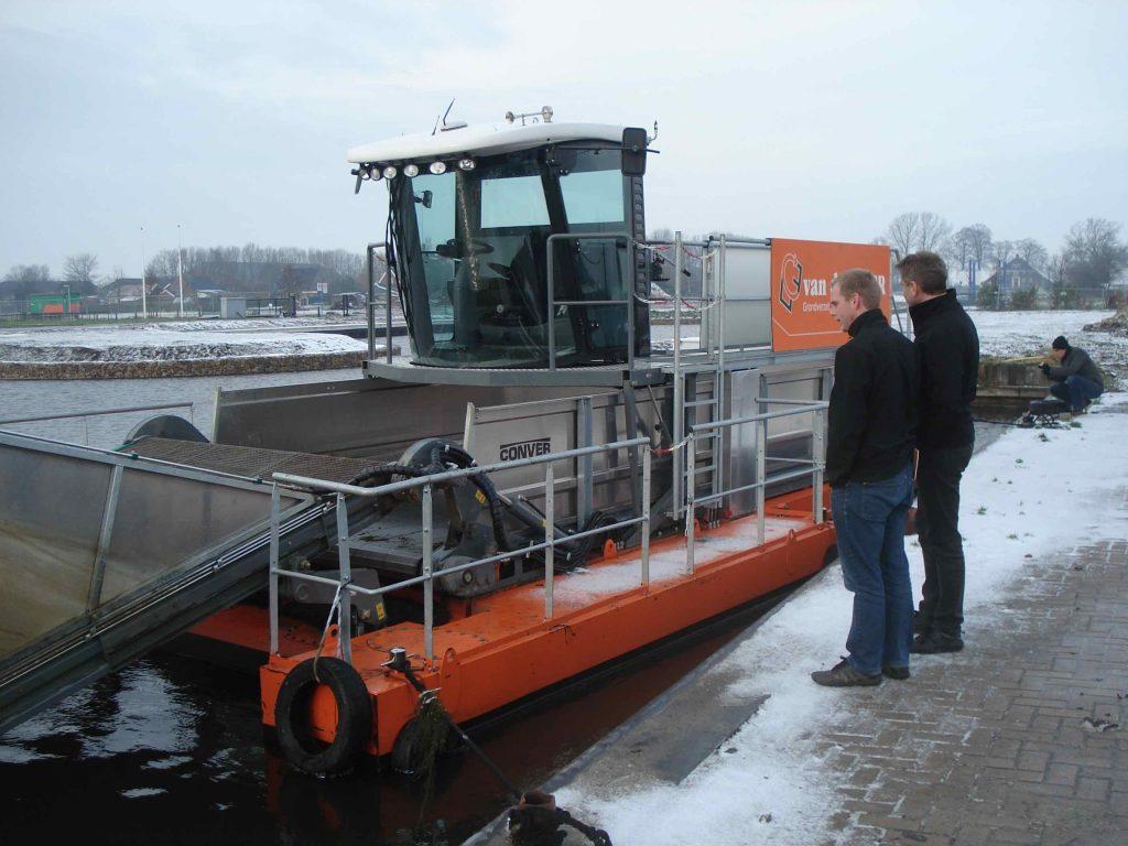 Ingvar og Sigurður skoða pramma út í Hollandi 2012.