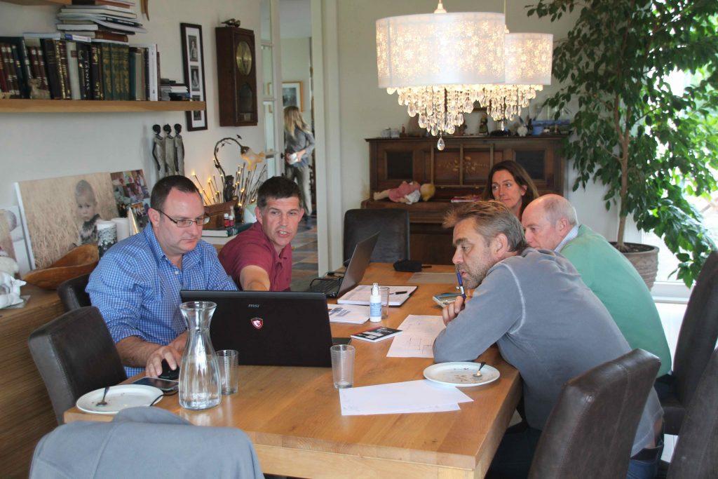 Fundur með S-Afrisku fyrirtæki. Johan, Colin, Bryndís, Mark og Sigurður.