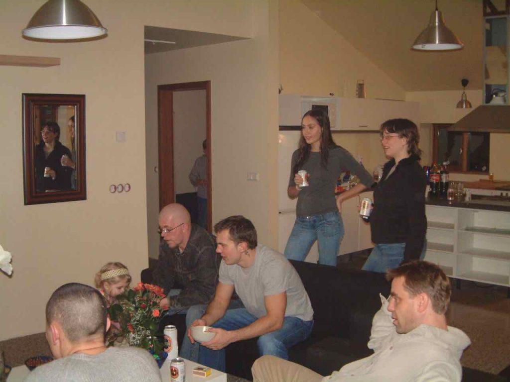 Innfluttningarpartý 2004. Sigurður, Slava, Sigþór, Díanna og Anna.