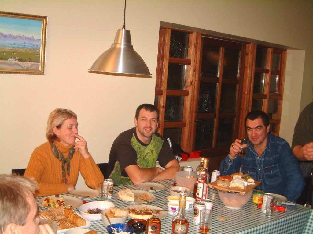 Innfluttningspartý 2004 Renata, Petur og Tony